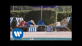 Ed Sheeran と Justin Bieber - I Don't Care [Official Video]